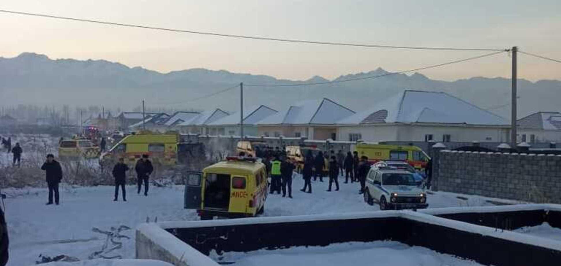 З'явилося відео моменту аварії літака Bek Air у Казахстані