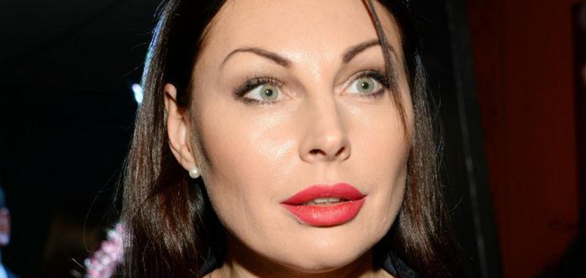 На Мерседесе и под охраной: появилось видео с оскандалившейся из-за наркотиков Бочкаревой