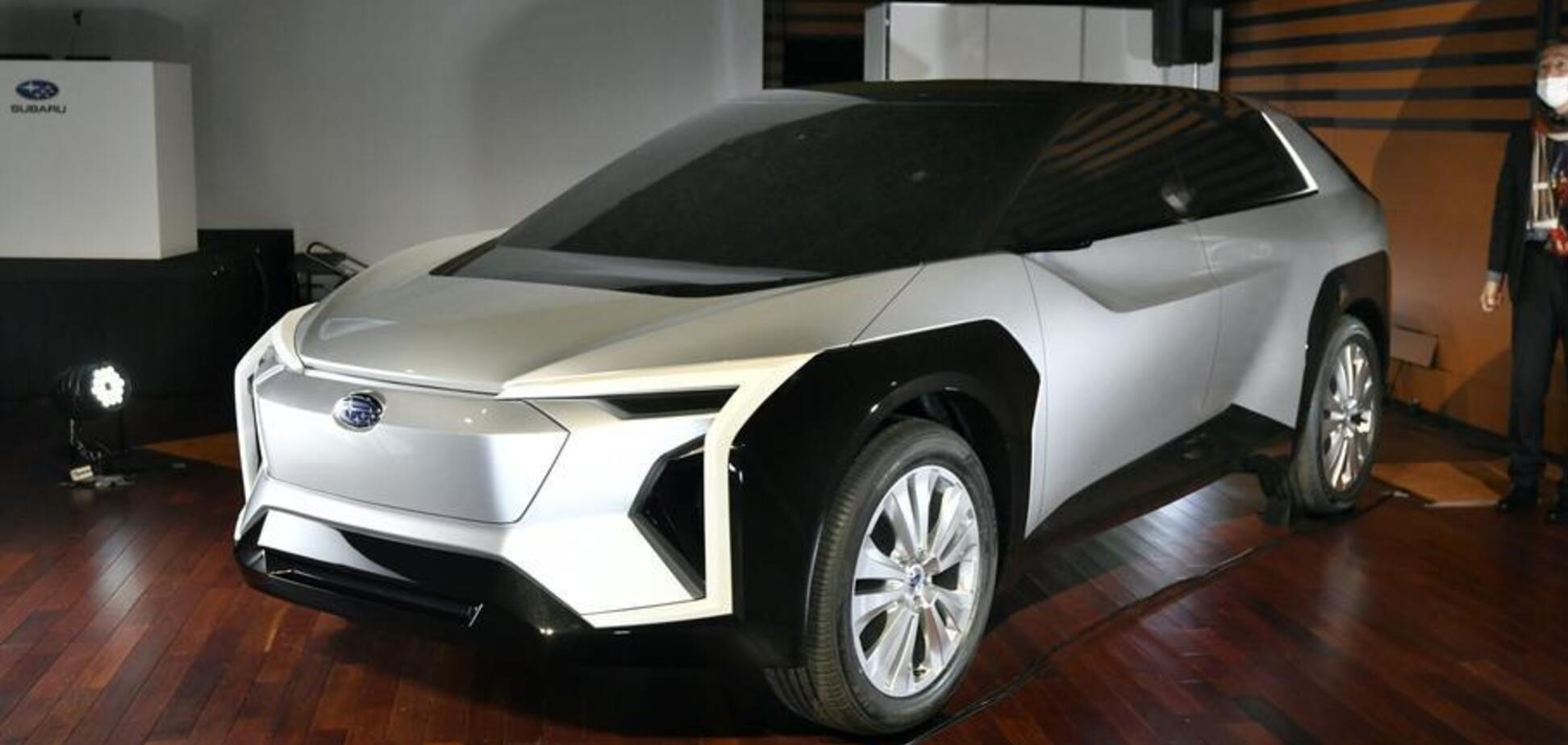 Совместный кроссовер Subaru и Toyota: показаны первые фото