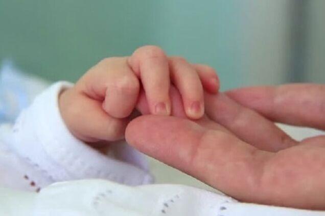Дитина потрапила в реанімацію, наковтавшись порошку
