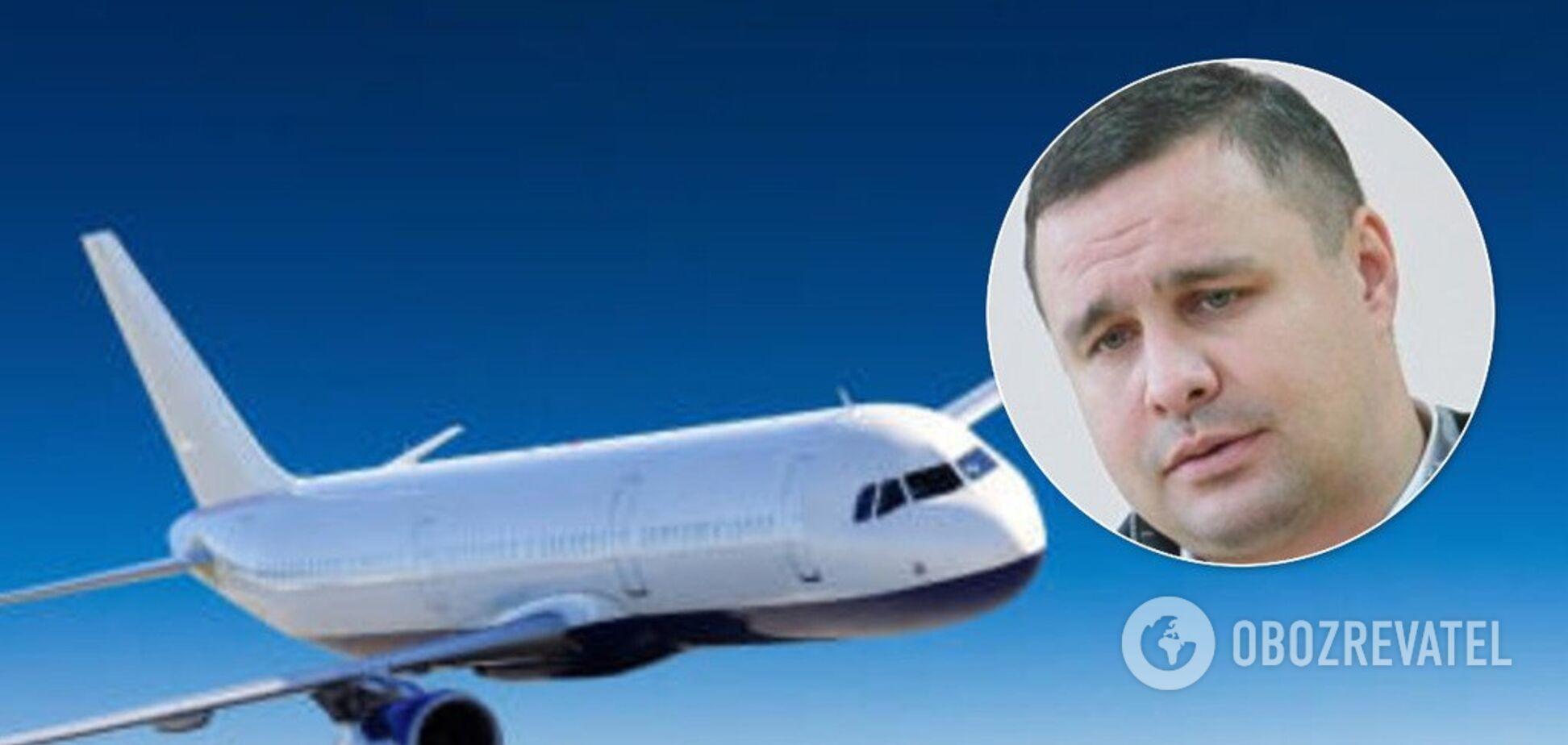 Скандального екснардепа України зняли з рейсу: на нього наділи електронний браслет