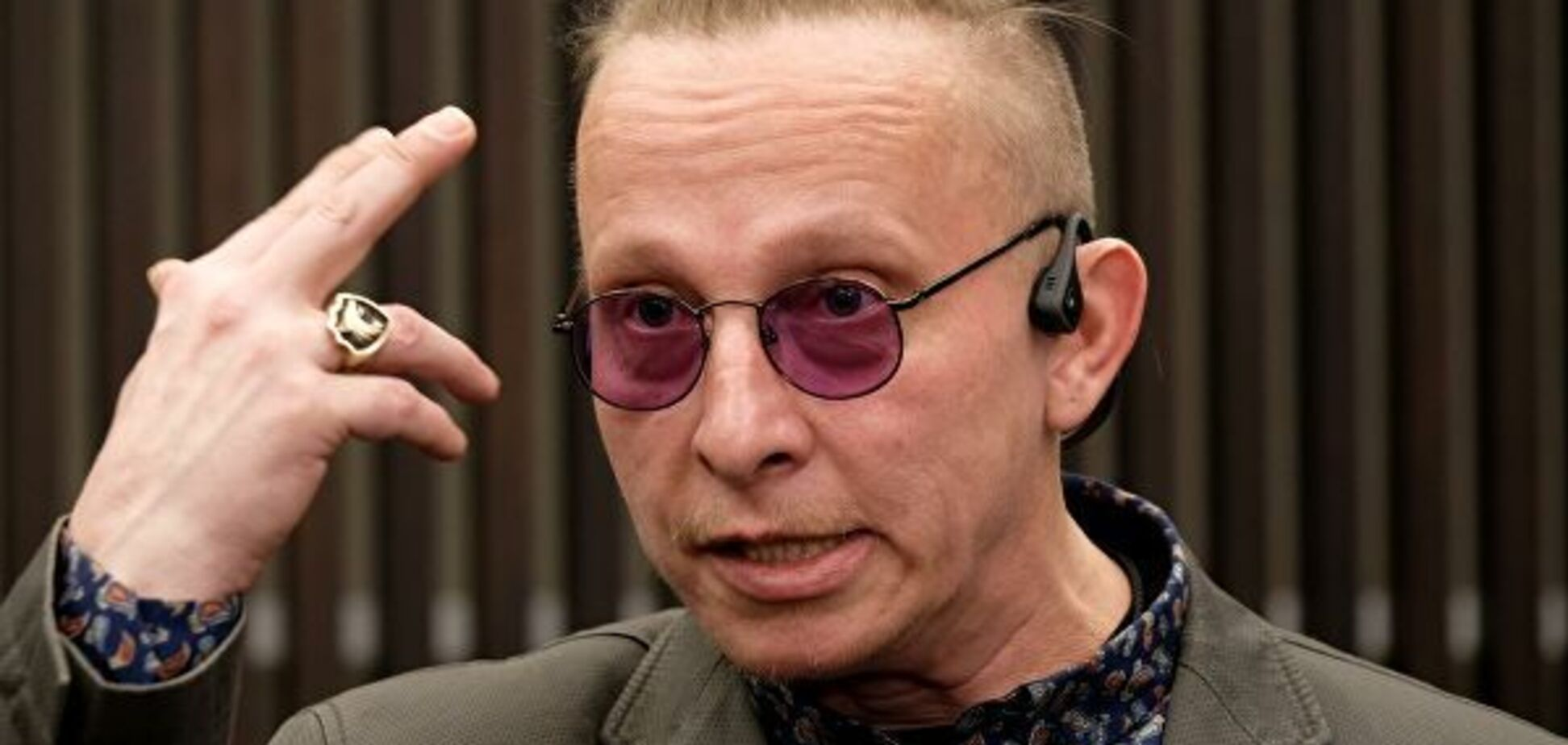 'Ургант хоть вменяемый': Охлобыстин атаковал звезд из РФ, 'унижающих' россиян