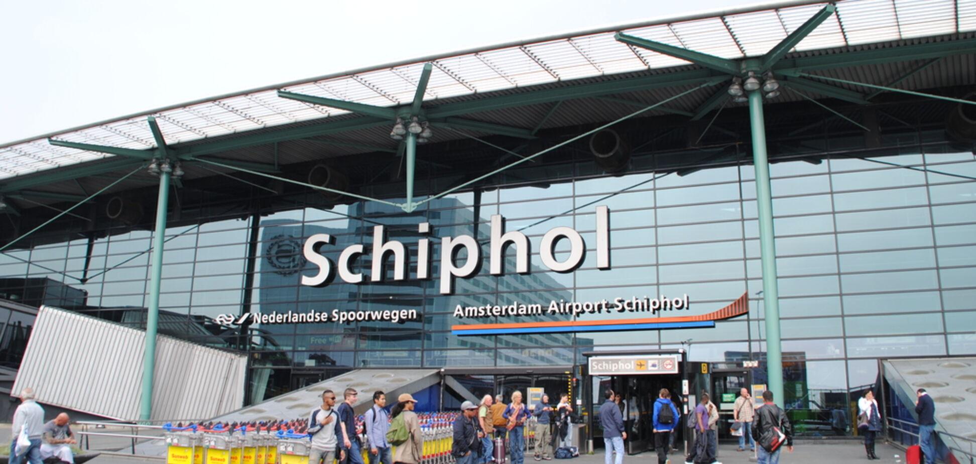 В аэропорту Амстердама украинца задержали за издевательства над дочкой
