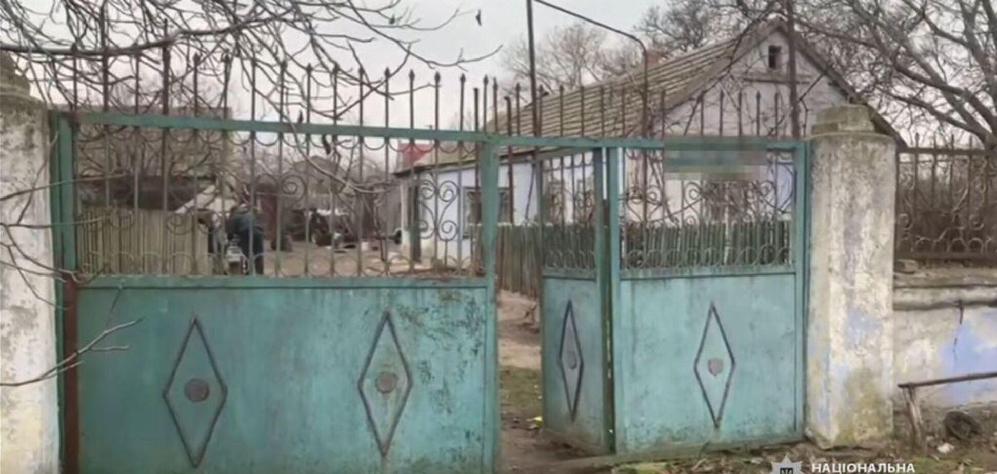 На Одесщине молодчики устроил налет на дом пенсионерки