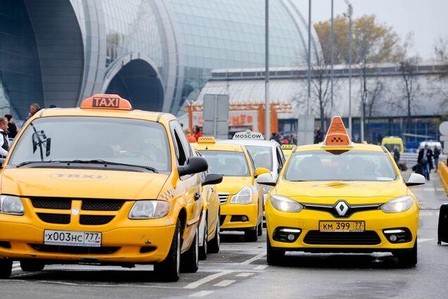 В Москве таксист избил клиента за отказ от секса