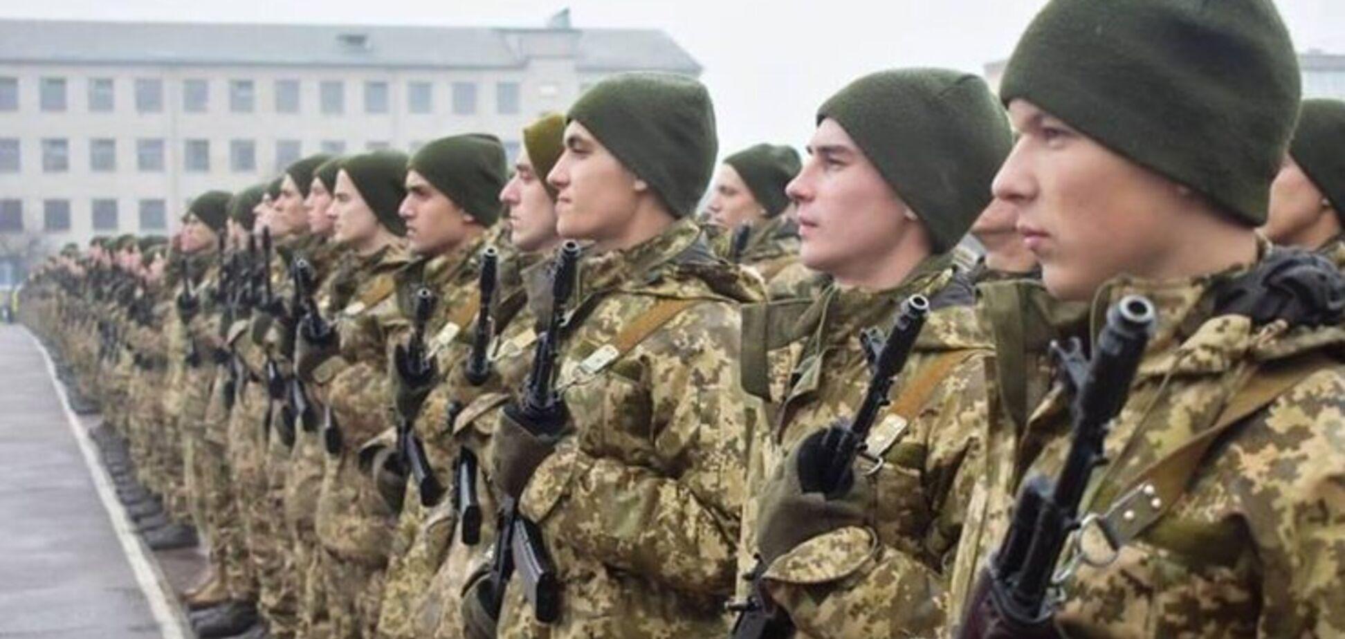 В Украине предложили сократить срок службы в армии