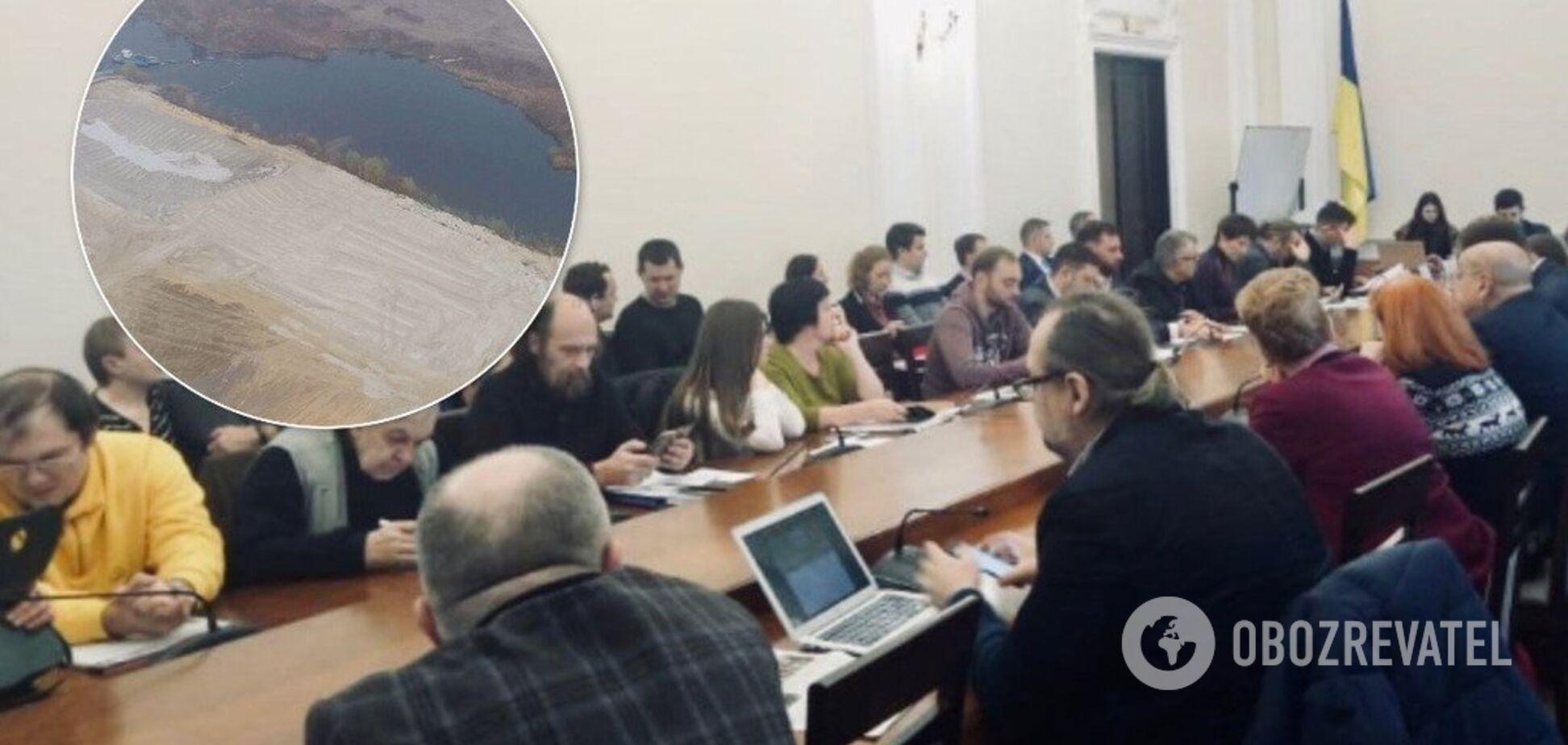 Незаконний видобуток піску під Києвом: журналісти заявили про свавілля влади