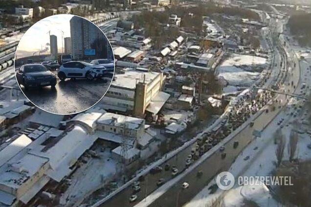 Из-за ДТП в Киеве образовались пробки