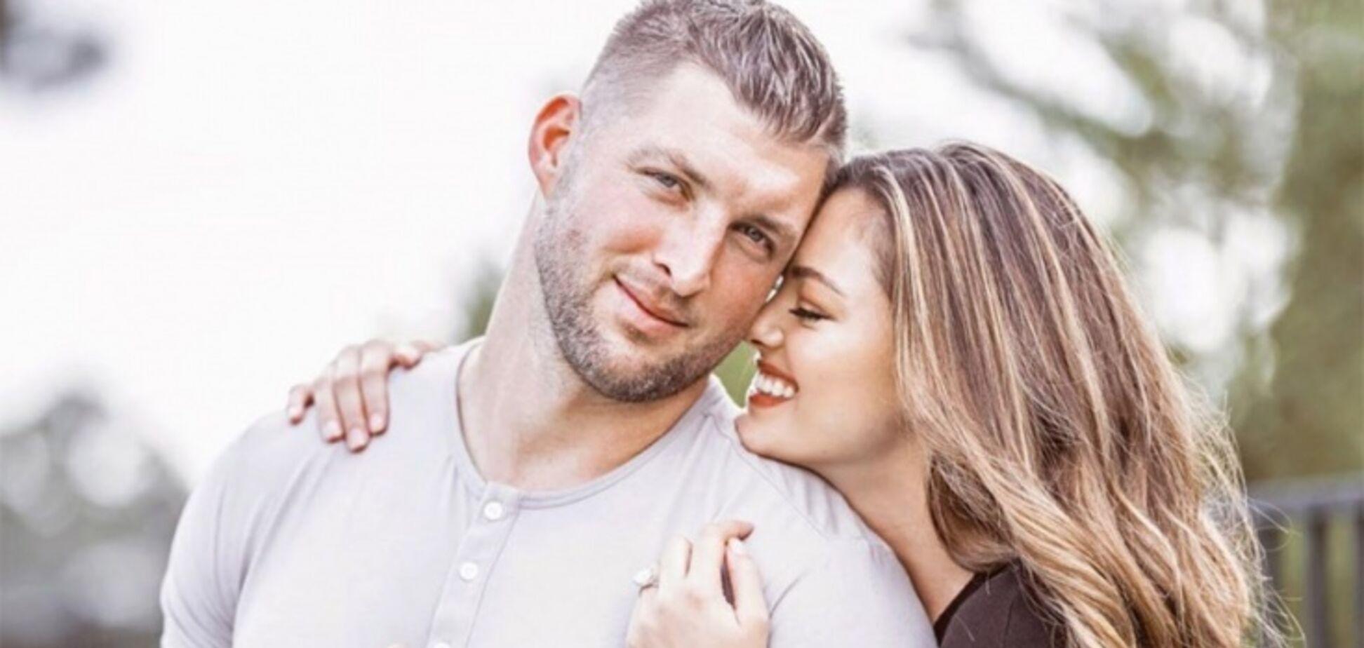 32-річний незайманий: футболіст зберіг цноту й одружився на Міс Всесвіт
