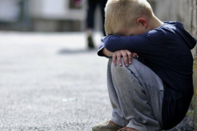 В Днепре 5-летний ребенок-маугли бегством спасался от нерадивой матери