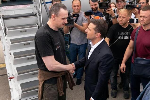 Сенцов и Зеленский после обмена пленными