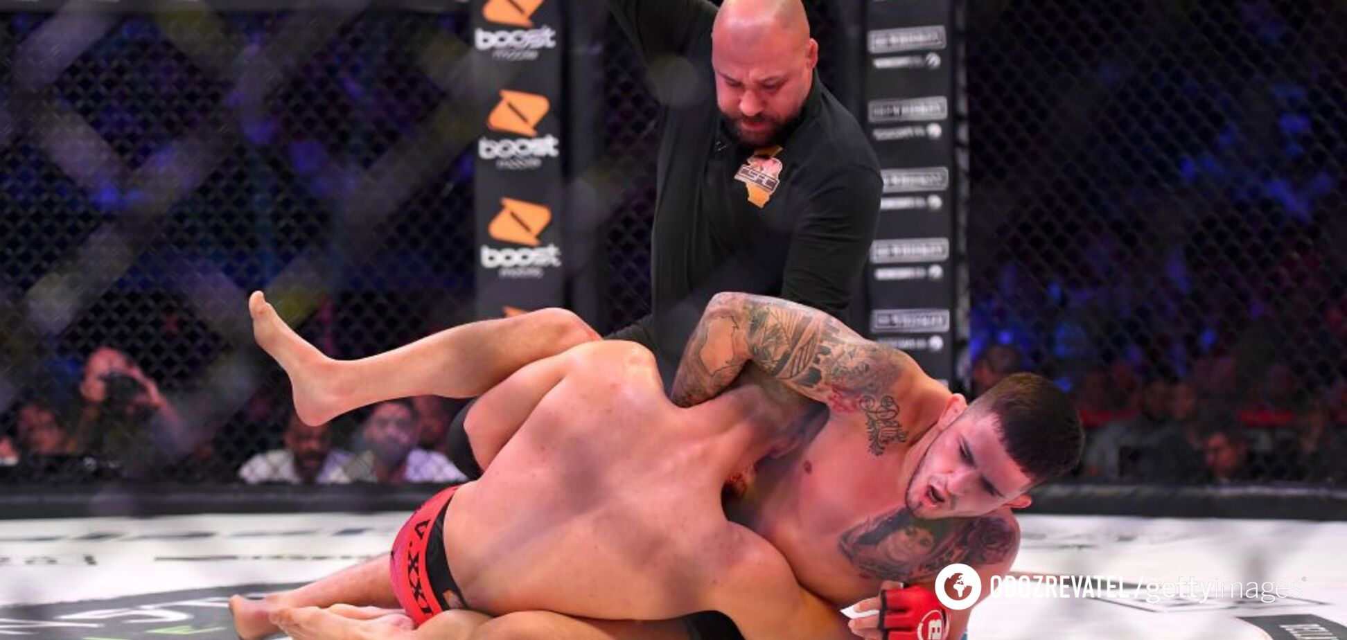 Боєць ММА переміг в Bellator моторошною гільйотиною