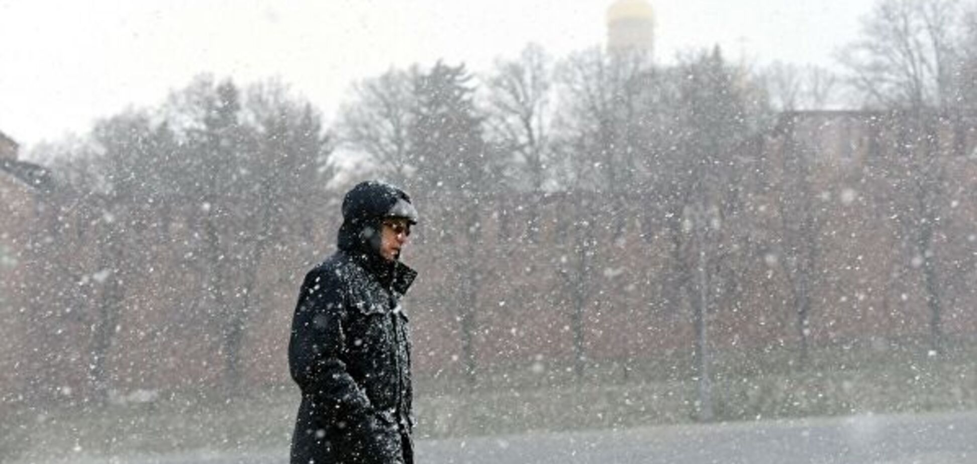 Заллють дощі, завалить снігом: на Україну насувається потужний циклон