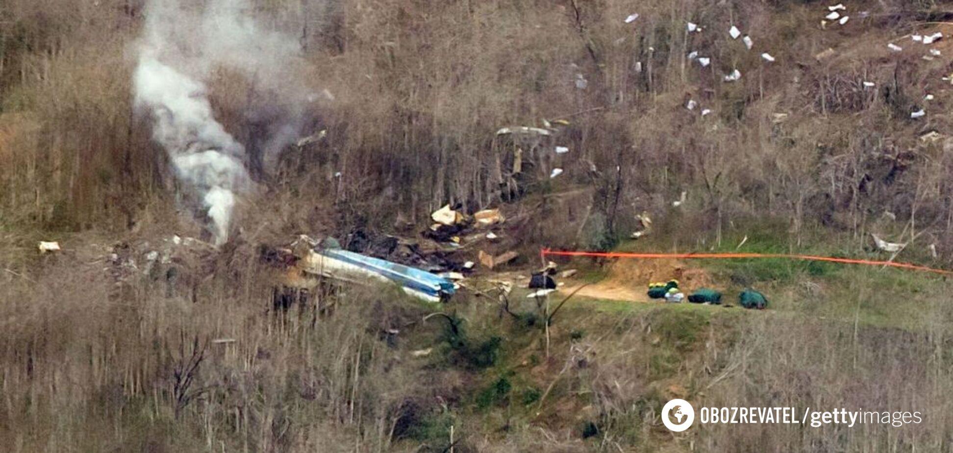 Жахливі наслідки: з'явилися нові моторошні фото з місця аварії вертольота Кобі Браянта