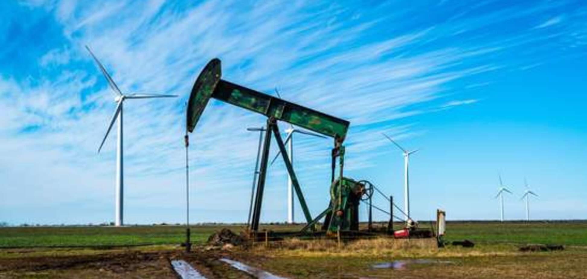 Глобальне падіння попиту на нафту: 'зеленій' енергетиці передбачили новий прорив