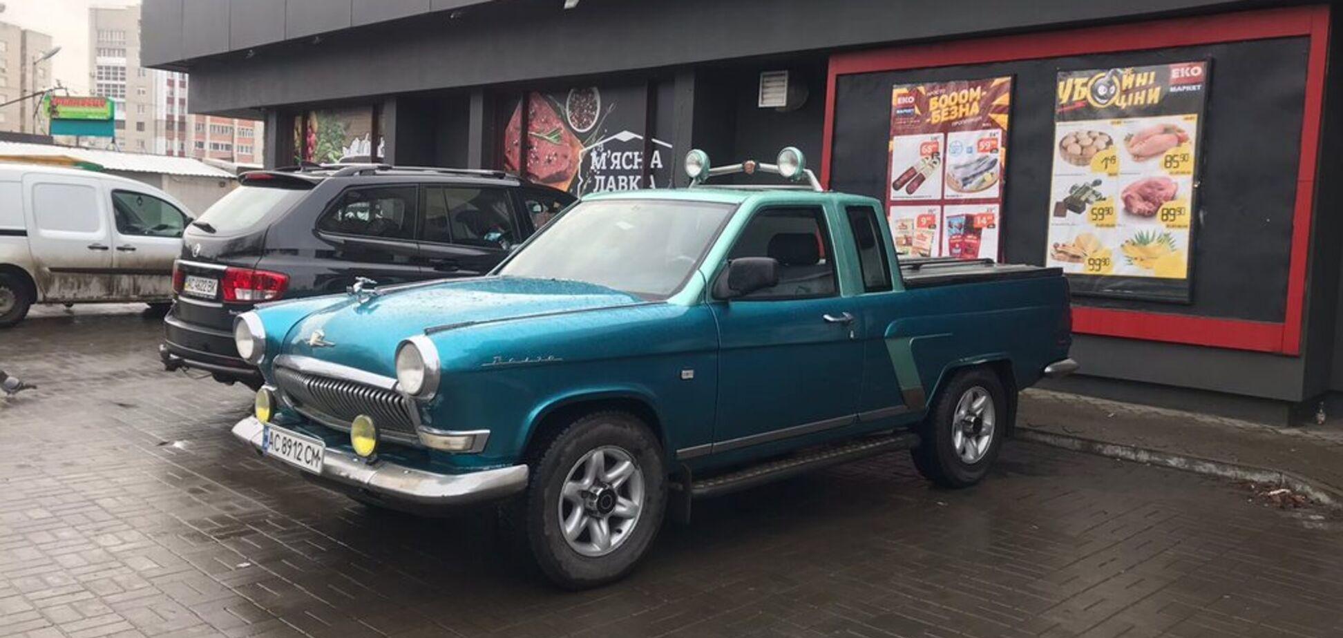 Це авто невідомо ГАЗу: в Україні зробили яскравий пікап Волга