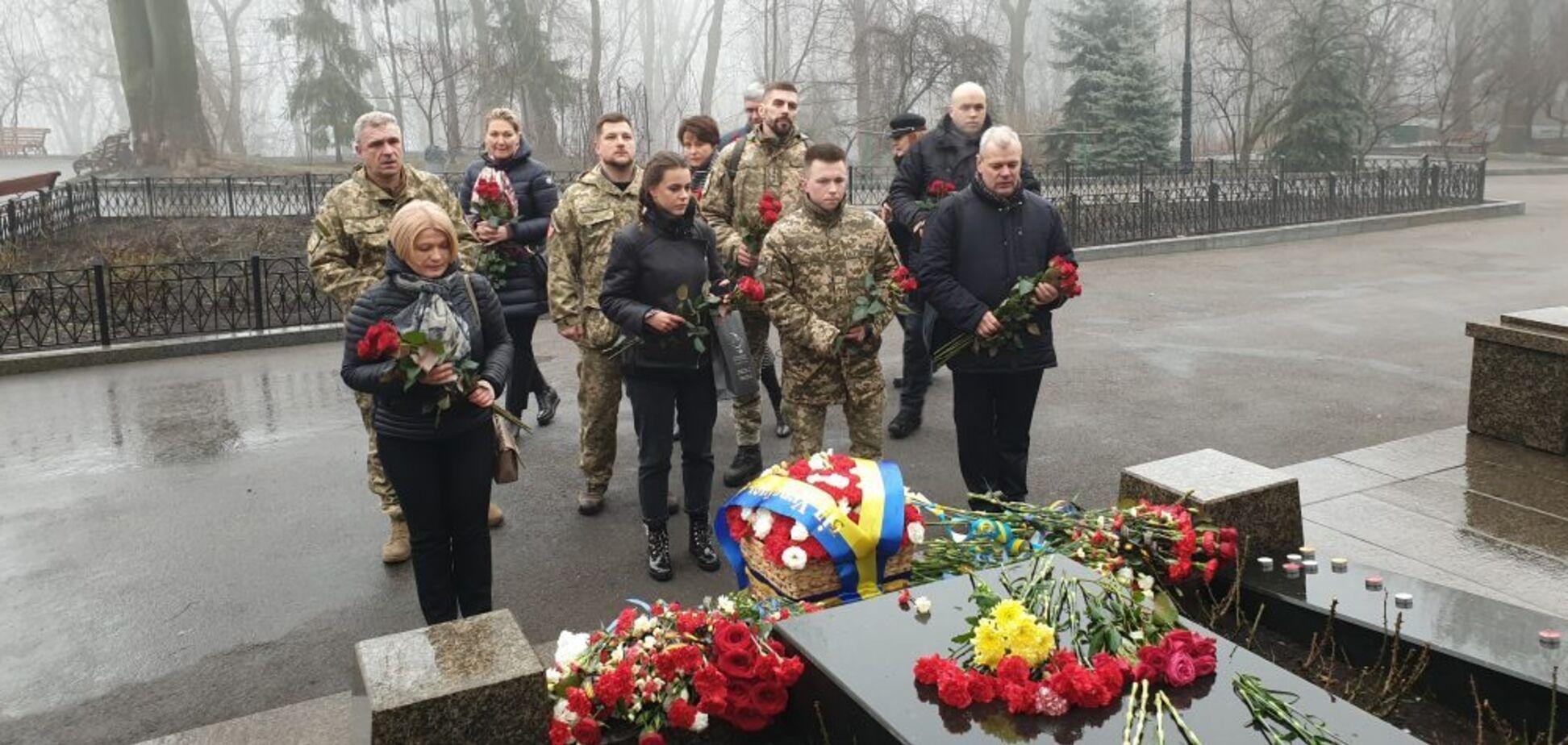 'Вони не питали 'Какая разница!' 'ЄС' вшанувала пам'ять Героїв Крут