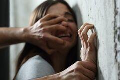Изнасиловал и ограбил: в Черкасской области киевлянин поиздевался над несовершеннолетней