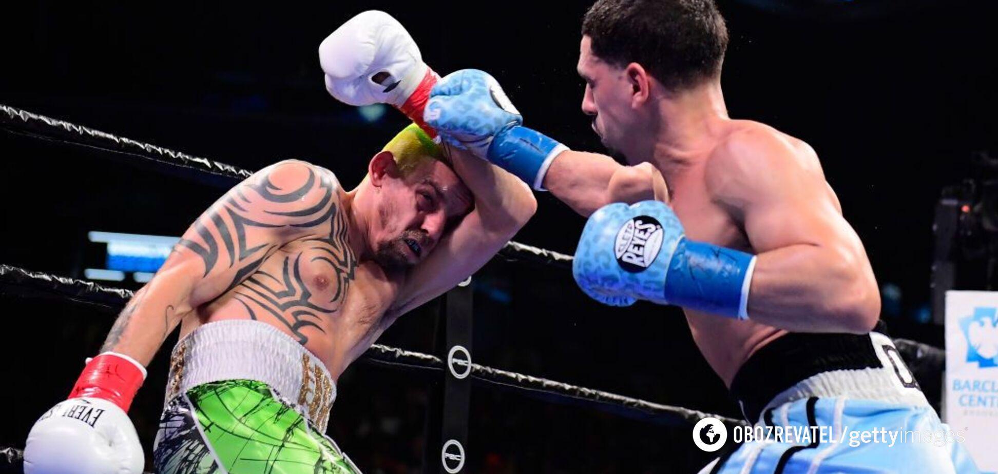 'Вот, черт!' Знаменитый украинский боксер показал лицо после боя (18+)