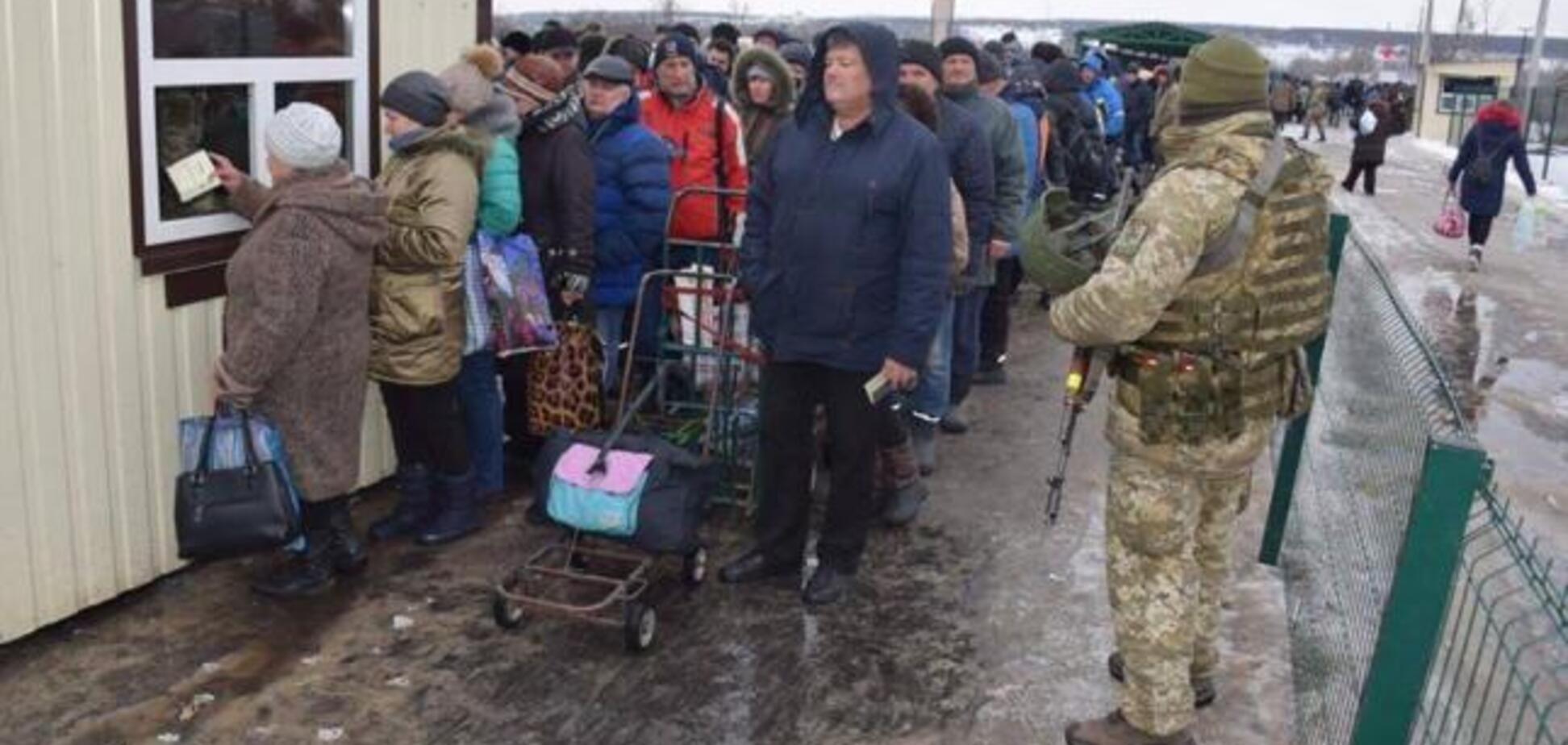 Влада готова платити пенсії російським громадянам в ОРДЛО