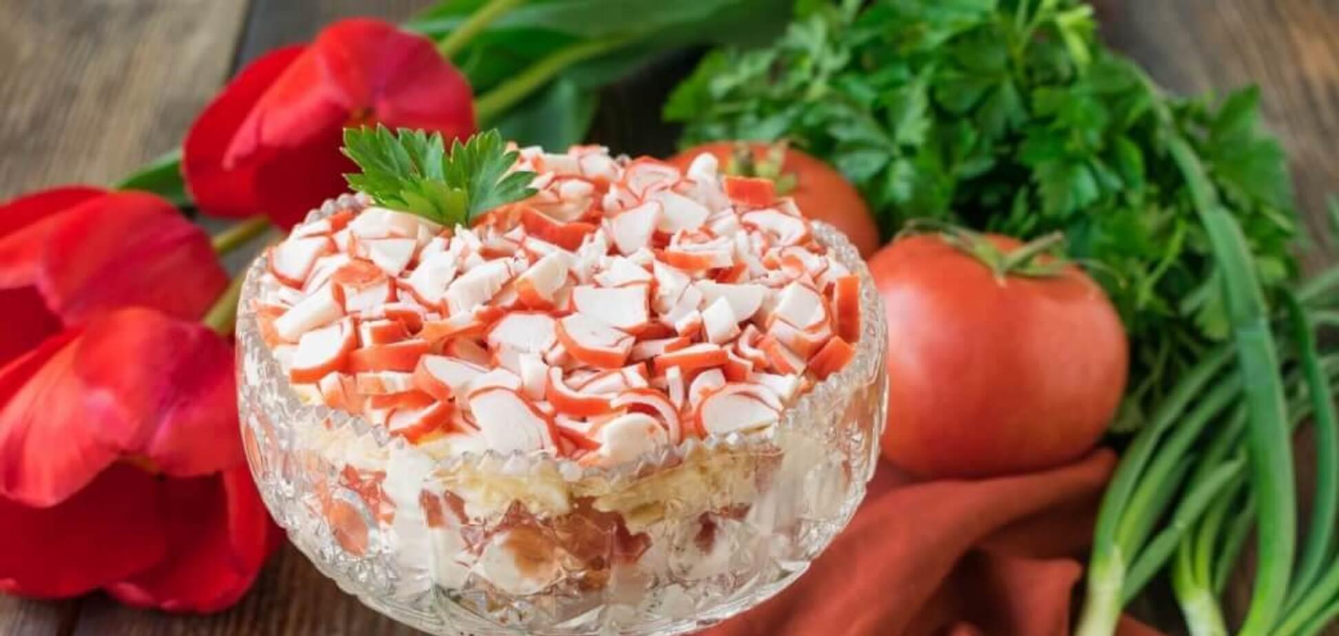 Лучший салат с крабовыми палочками без майонеза: простой рецепт