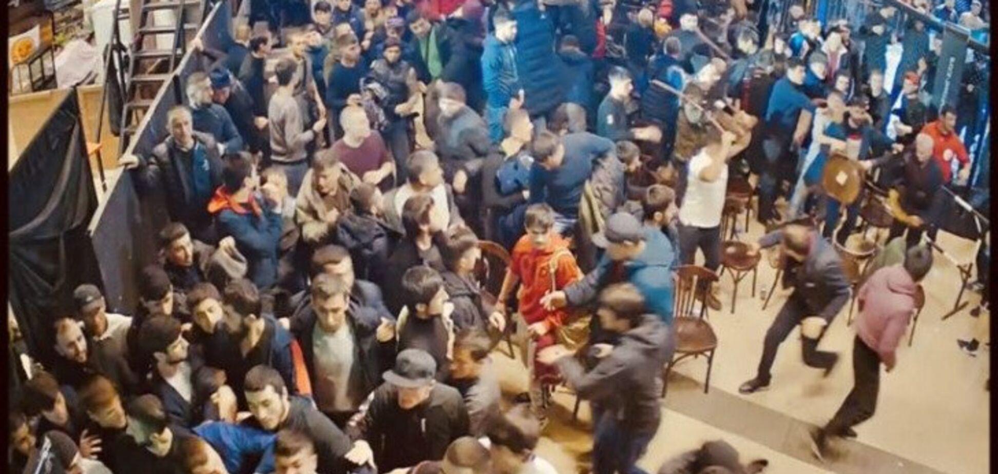 В Москве турнир завершился грандиозным побоищем (видео 18+)