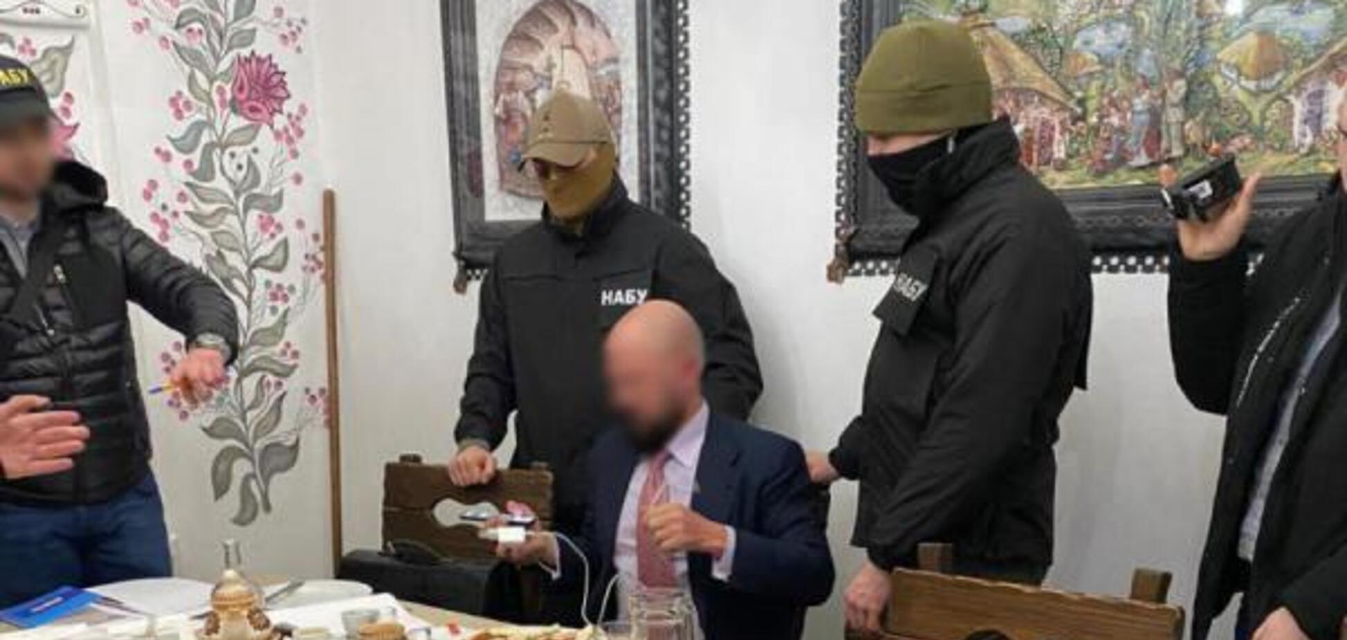 Главе Фонда госимущества дали рекордную взятку за топ-должность в Одессе