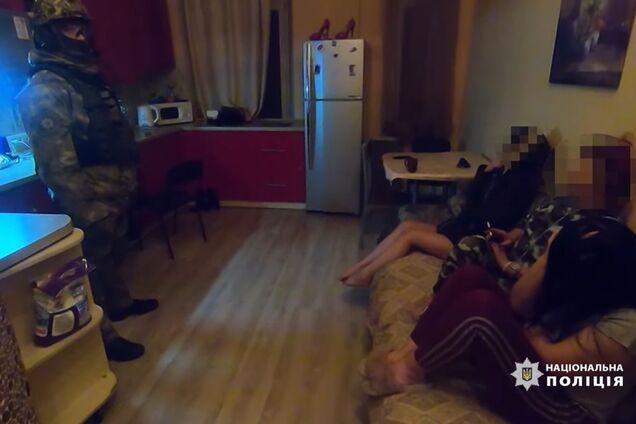 В Одесі накрили бордель із повіями