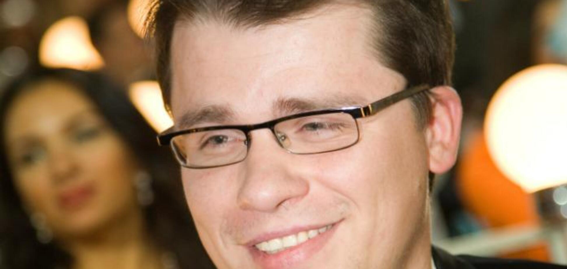 'Пойду навалю кучу': Гарик Харламов в Comedy Club разнес современный менеджмент