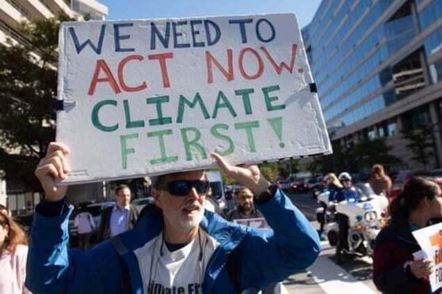 У США почали відмовлятися від реклами викопного палива