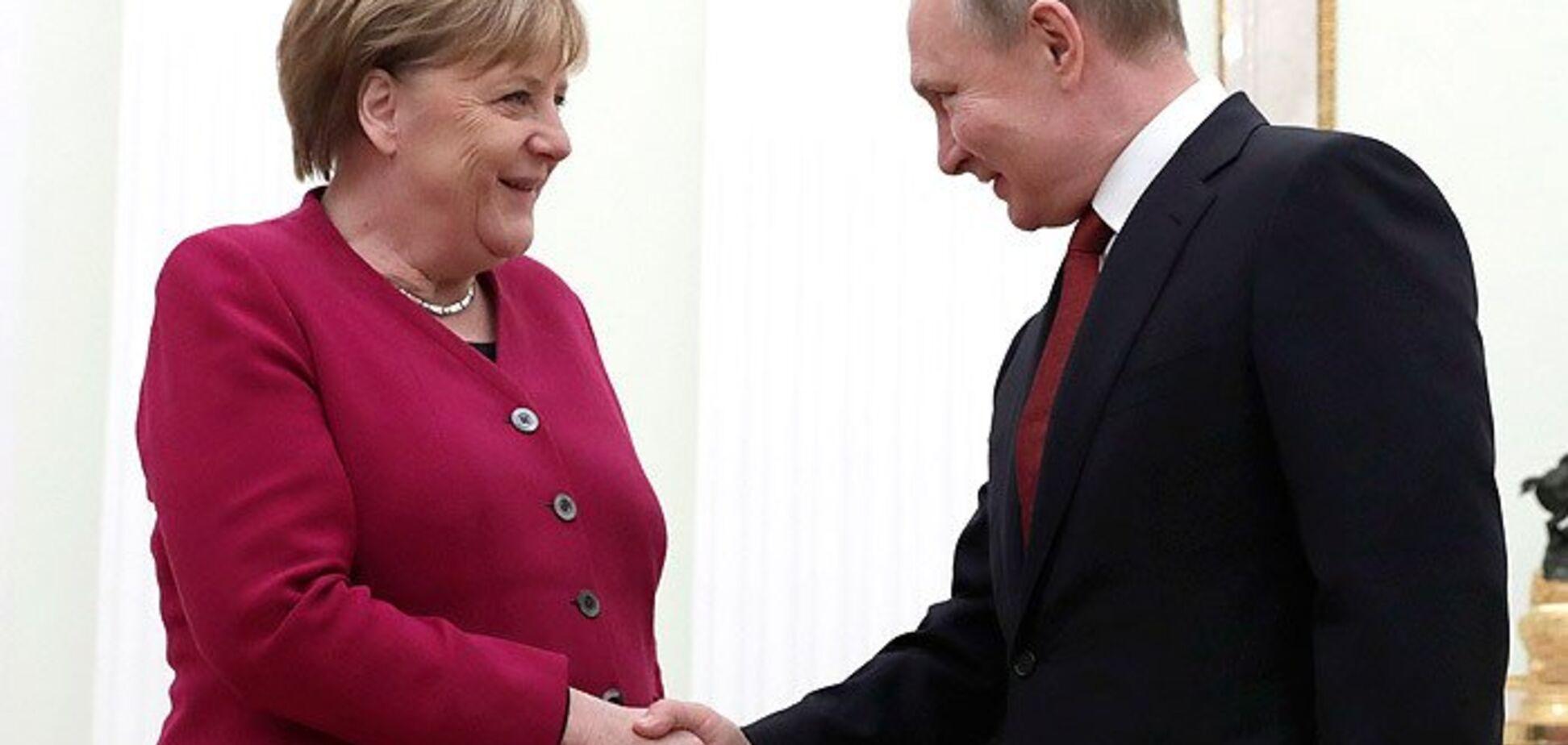 Говорили об Украине: Меркель срочно позвонила Путину