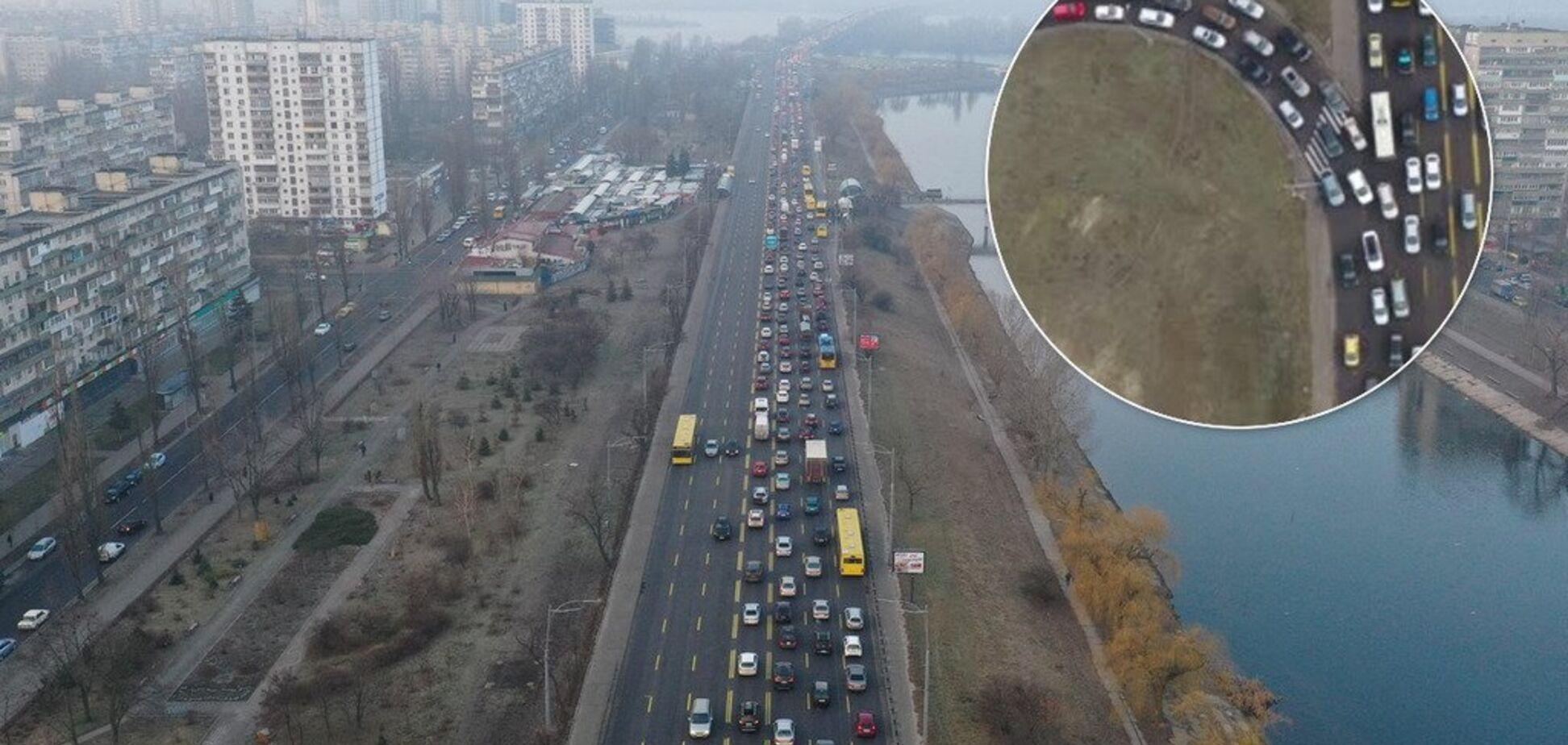 Знаменитый киевский мост может обрушиться в любой момент: расследование OBOZREVATEL
