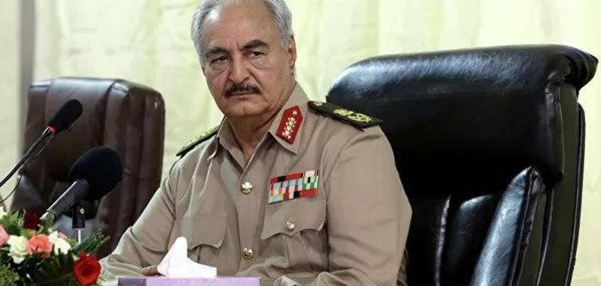 'Зброю і чоловікам, і жінкам!' У Лівії оголосили загальну мобілізацію