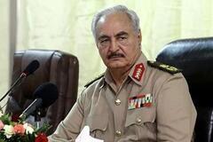 'Оружие и мужчинам, и женщинам!' В Ливии объявили всеобщую мобилизацию