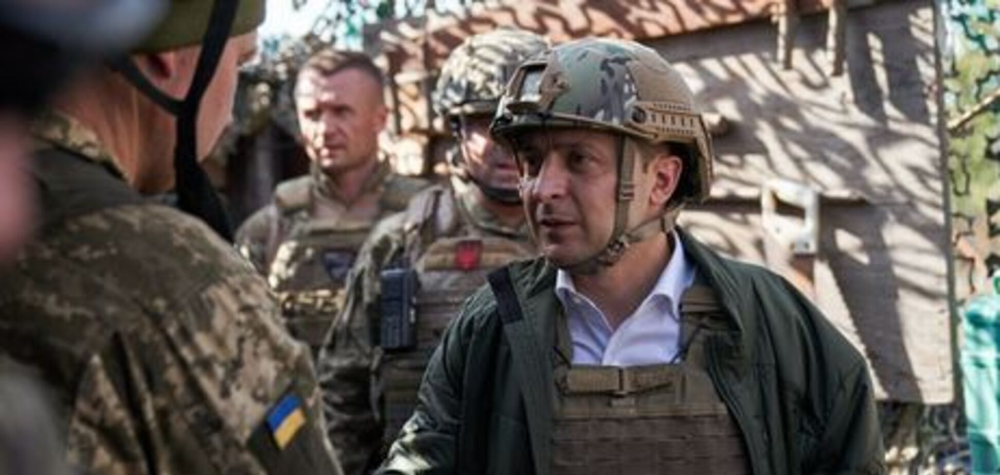 'Фото щоразу виставляв сам!' Зеленському нагадали хронологію його жорстких проколів через Донбас