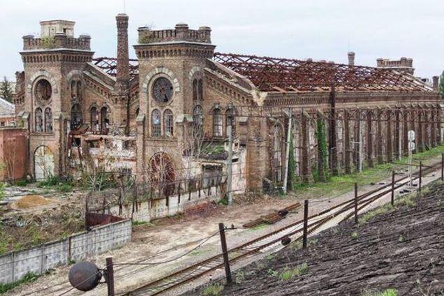 "Занедбаний будинок заводу ""Краян"""