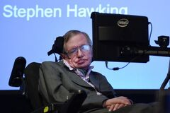 10 главных предсказаний Стивена Хокинга: какие уже сбылись