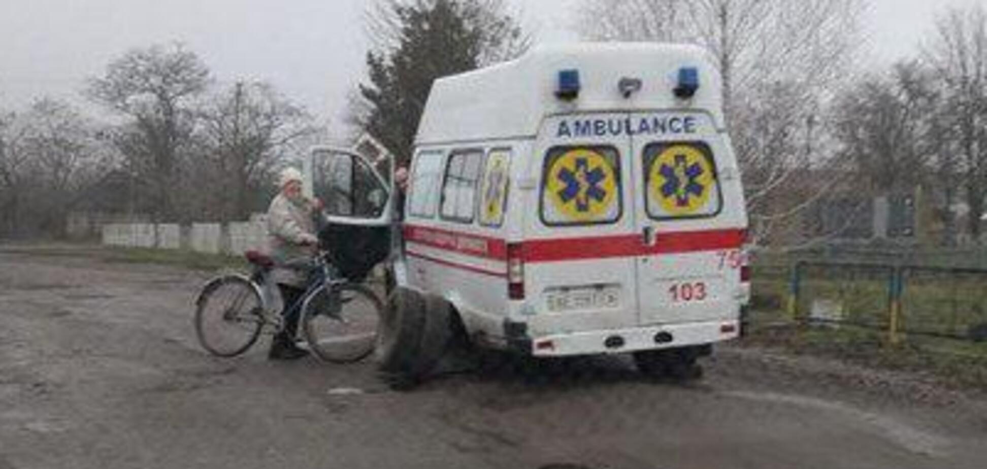 'Дорога смерти': на Днепропетровщине у 'скорой' на ходу отвалились колеса