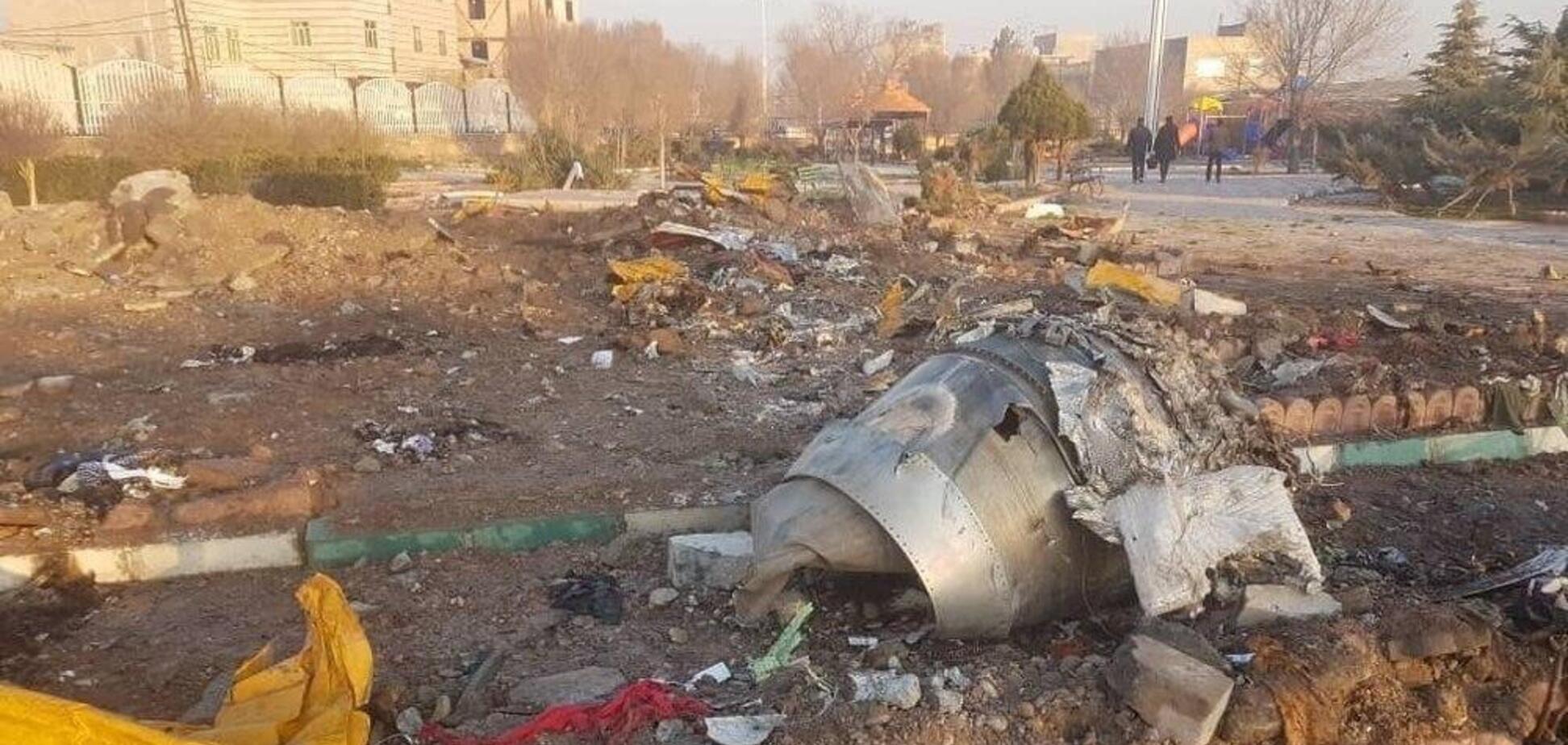У Тегерані знайшли 'чорний ящик' літакаМАУ, що впав