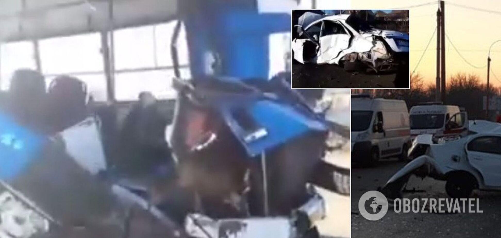 Под Днепром автобус с людьми попал в смертельное ДТП. Фото и видео
