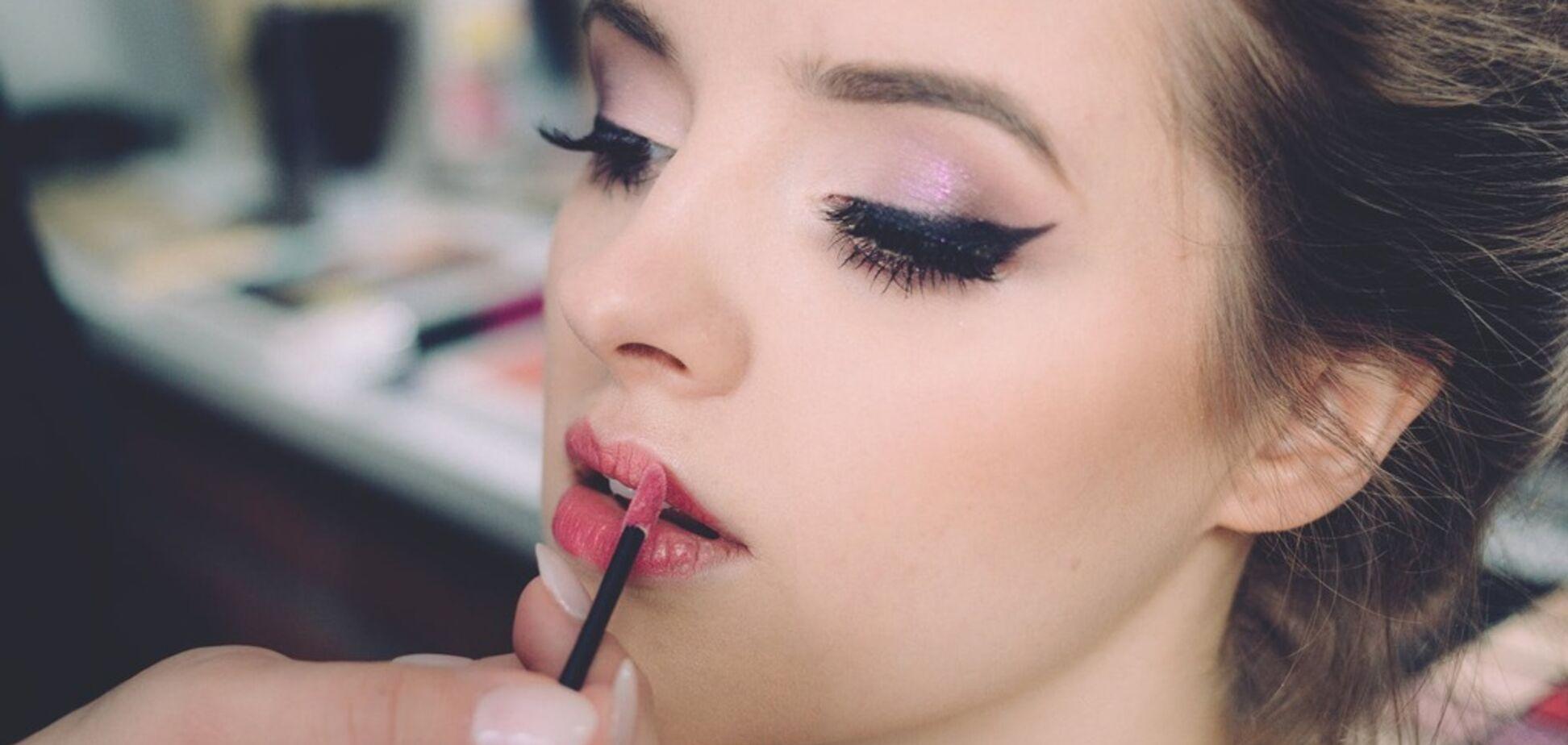 Перестаньте так краситься! 5 привычек в макияже, которые старят