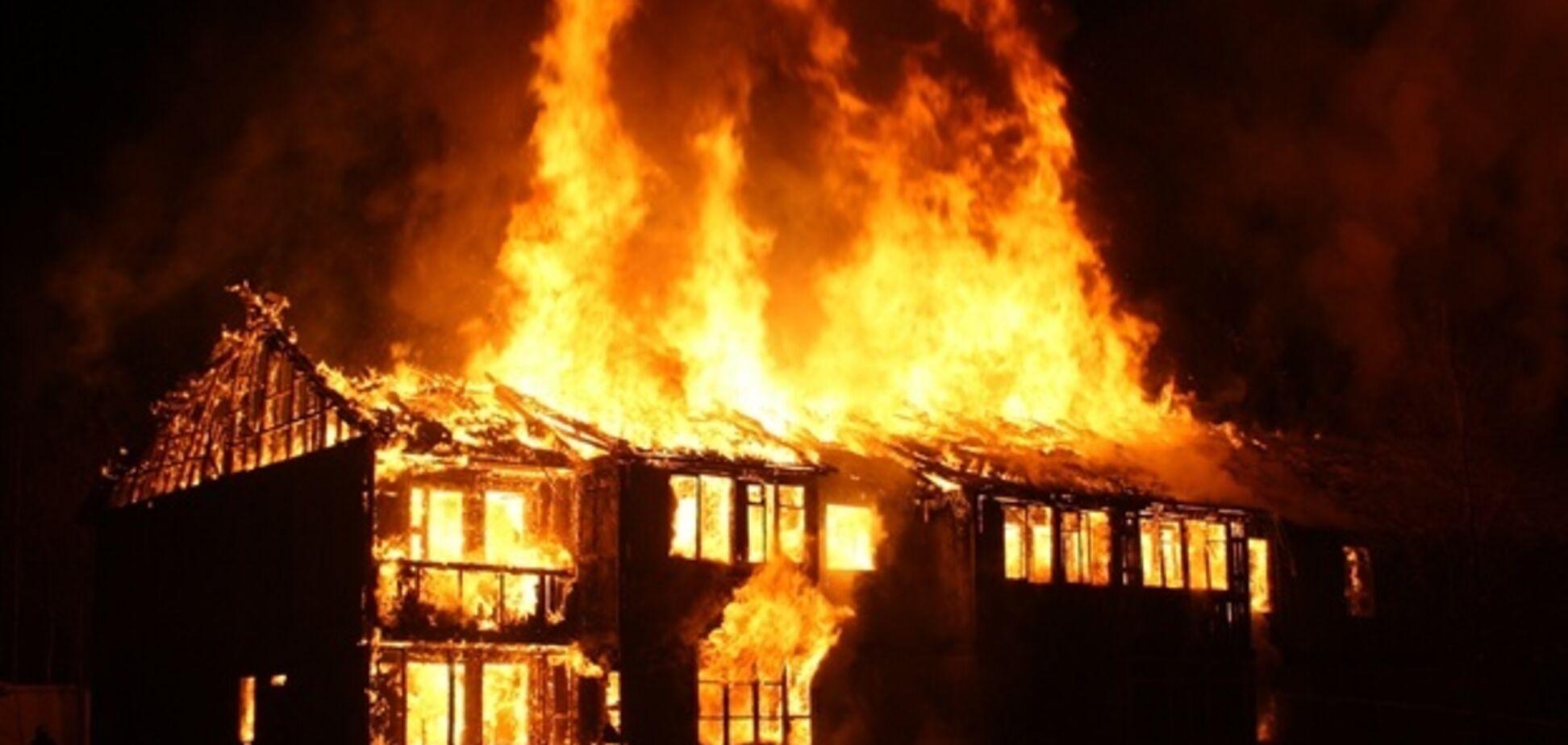 Смертельный пожар под Одессой тушили несколько часов