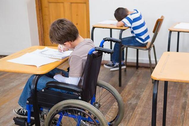 Украина не готова к инклюзивной школы: психологиня назвала виновных