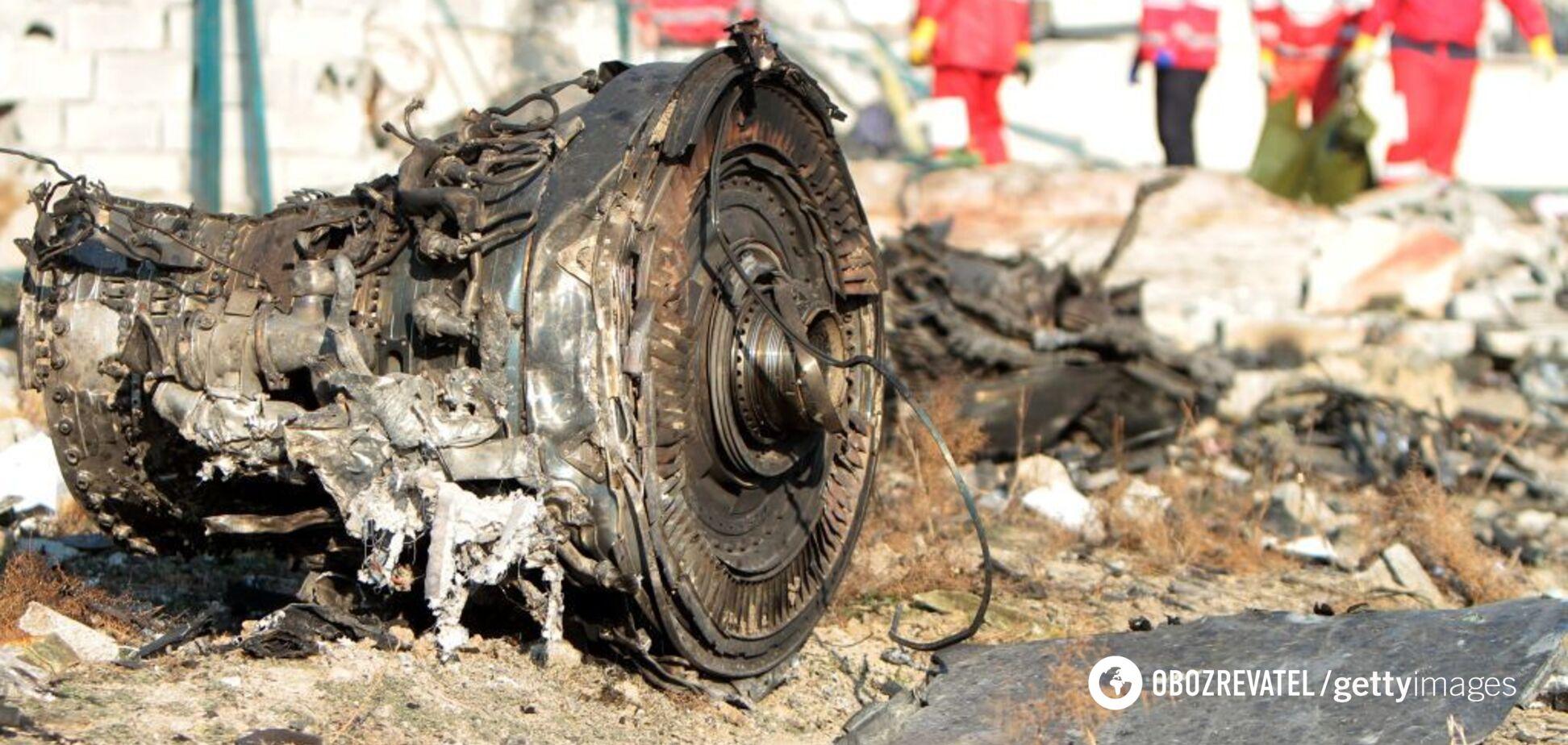 Появилось новое видео момента падения самолета МАУ: кадры с камеры наблюдения