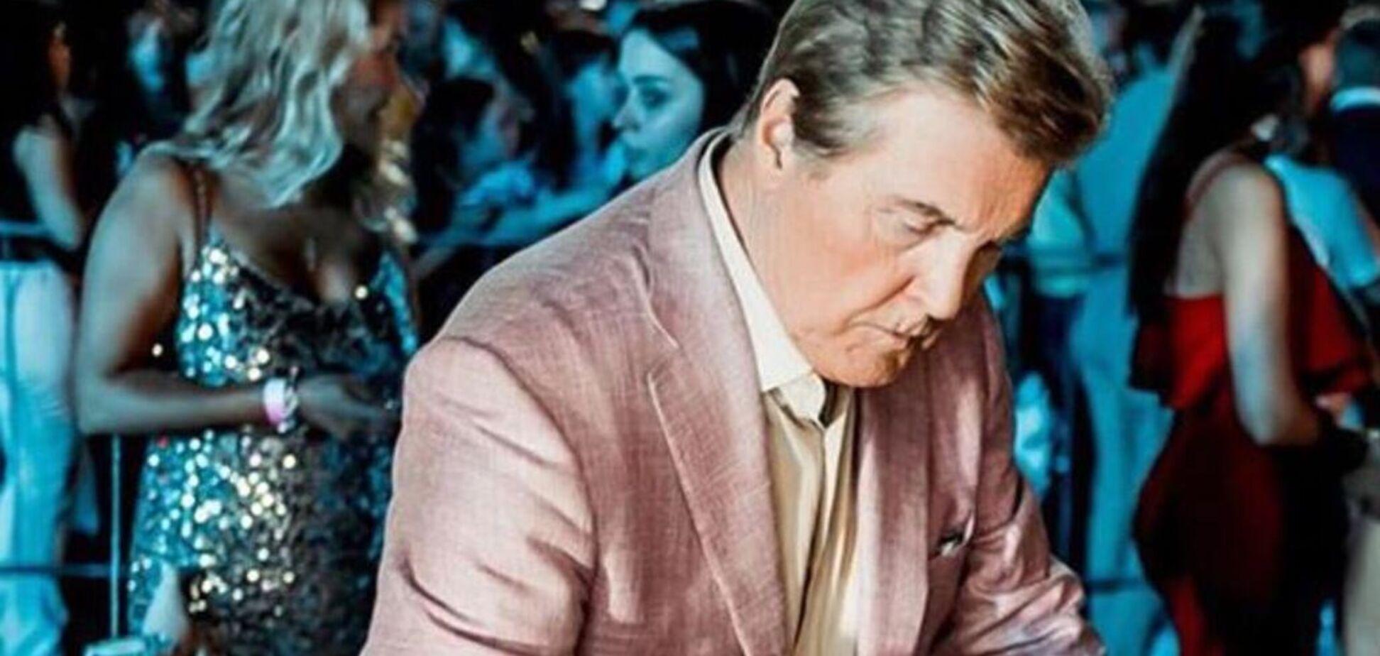 Лев Лещенко показал фото жены в пижаме и вызвал недоумение