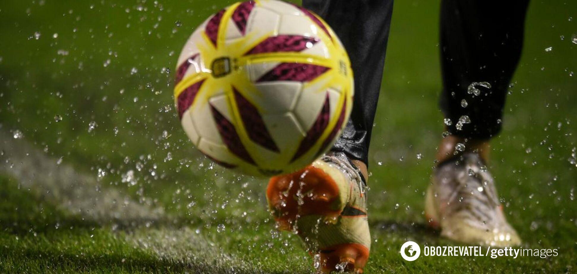 З ноги: в Тунісі футболіст побив болбоя під час матчу – момент потрапив на відео