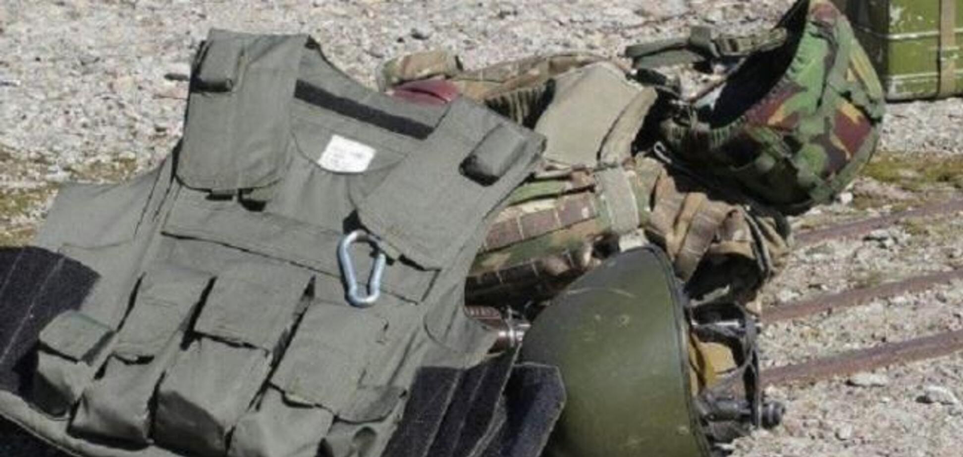 Відкликати не будуть: міністр оборони відповів на скандал із бронежилетами