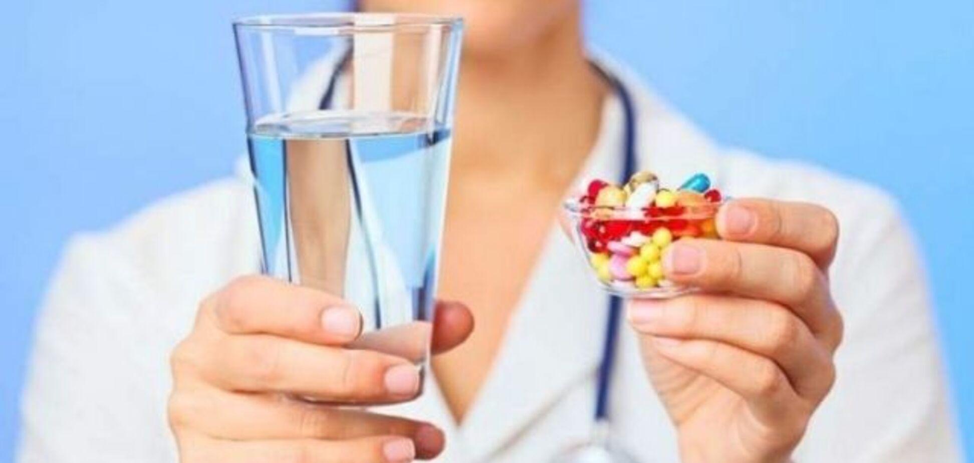 Спричинюють інсульт та інфаркт: лікарка розповіла про небезпеку популярних препаратів