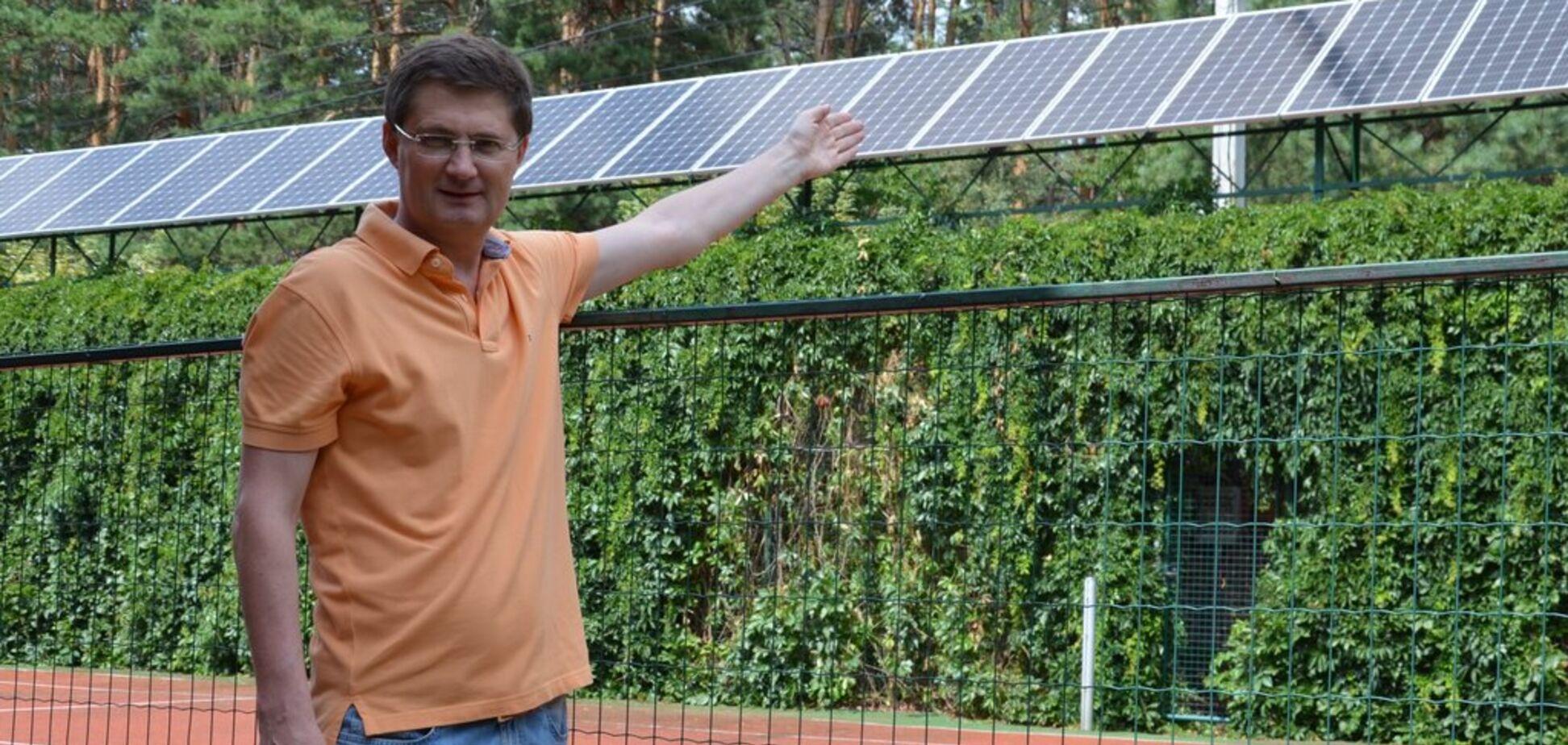 Украинский телеведущий впервые сказал, сколько заработал на солнечных панелях