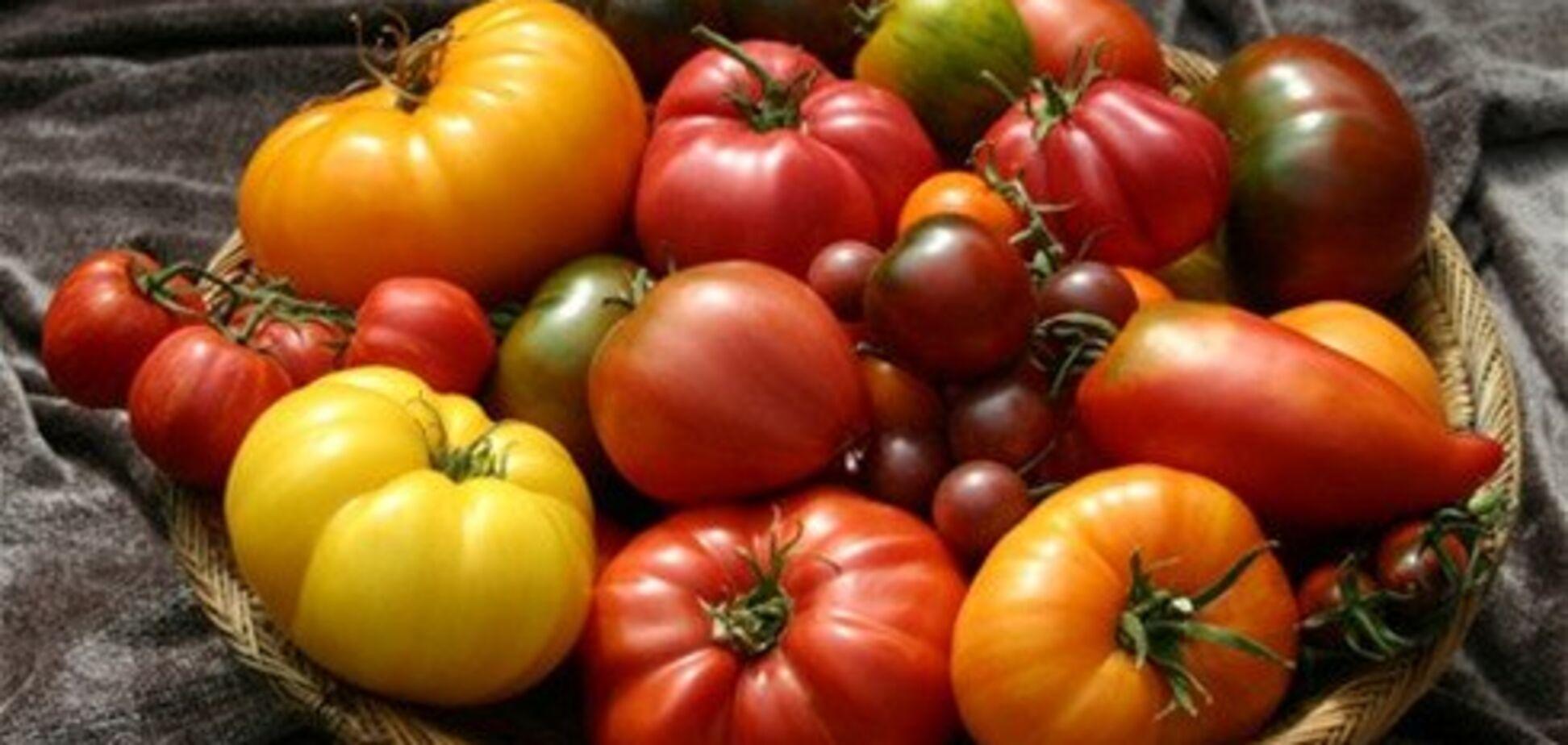 Лікарка розповіла, кому не можна їсти помідори